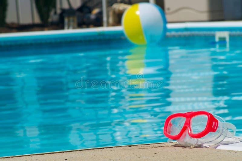 Poolside zabawy rzeczy zdjęcie royalty free