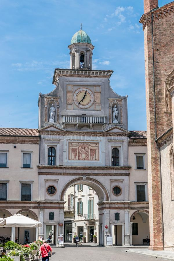 Poort aan de stad vierkante Crema Italië stock fotografie