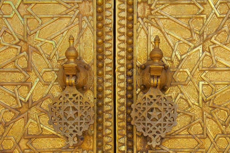 Poort aan het paleis van de koning van Marokko royalty-vrije stock foto's