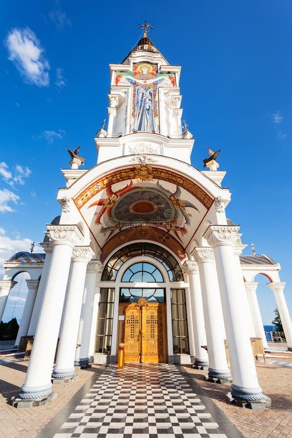 Poort aan kerk-Vuurtoren van Sinterklaas in de Krim stock foto's