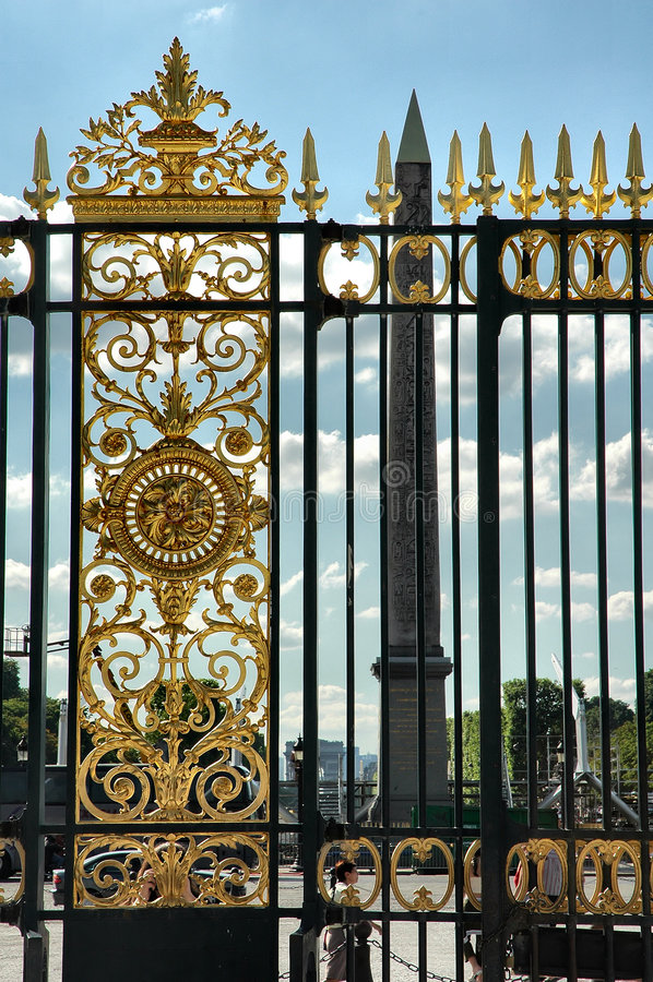 Poort en obelisk royalty-vrije stock foto's
