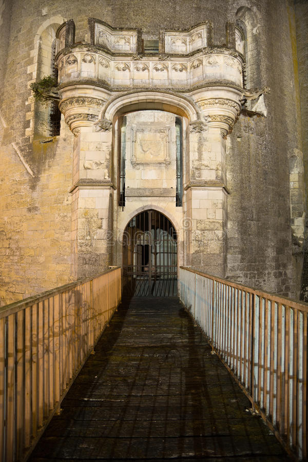 Poort van Amboise Chateau bij nacht stock fotografie