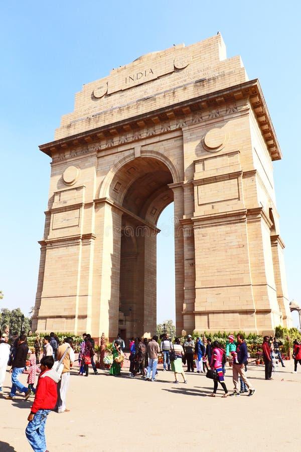 Poort van India, één van de oriëntatiepunten in New Delhi, India Het wordt oorspronkelijk genoemd het Al de Oorlogsgedenkteken va stock afbeelding