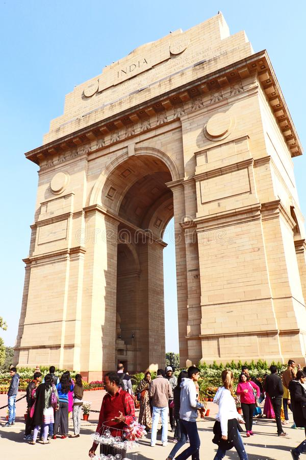 Poort van India, één van de oriëntatiepunten in New Delhi, India Het wordt oorspronkelijk genoemd het Al de Oorlogsgedenkteken va stock afbeeldingen