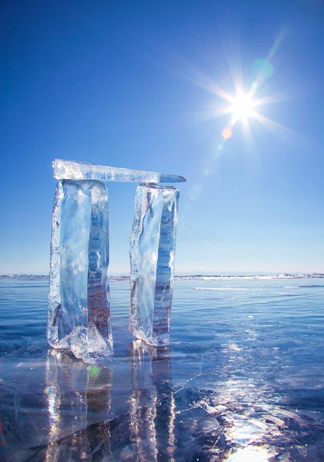 Poorten van ijs worden gemaakt dat royalty-vrije stock afbeelding
