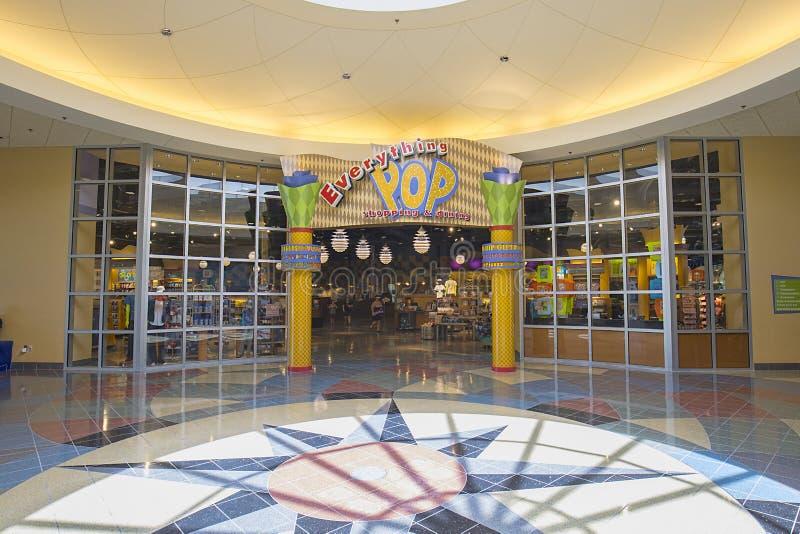 Pop en de Eeuwtoevlucht die van Disney ` s winkelen dineren stock afbeeldingen