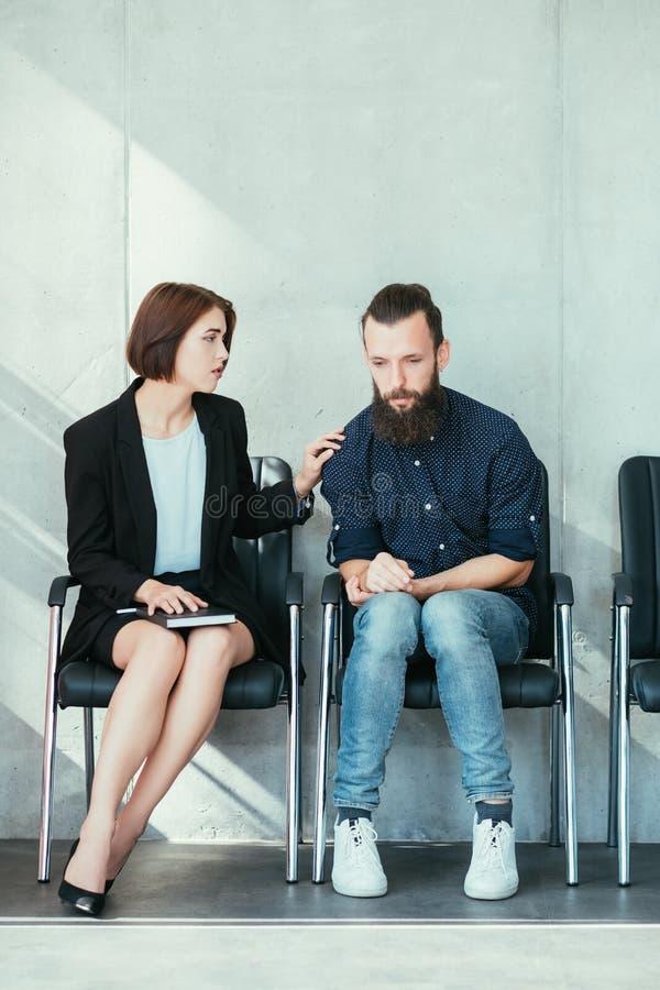 Poparcie empatii biznesowej etykiety akcydensowy wywiad zdjęcie stock