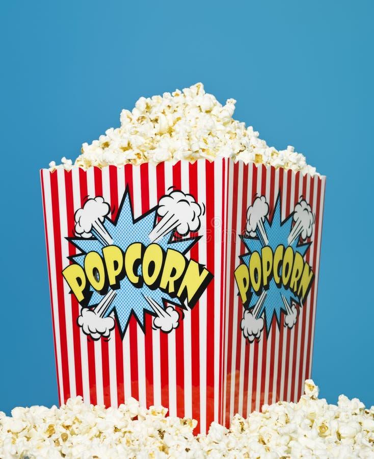 popcorn καλαθιών στοκ εικόνες