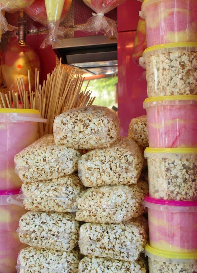 popcorn καραμελών coton στοκ εικόνες με δικαίωμα ελεύθερης χρήσης