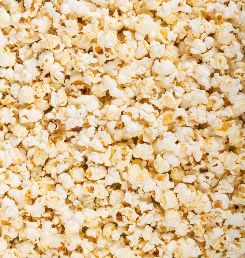 Popcorn fresco salato delizioso Fondo fotografie stock libere da diritti