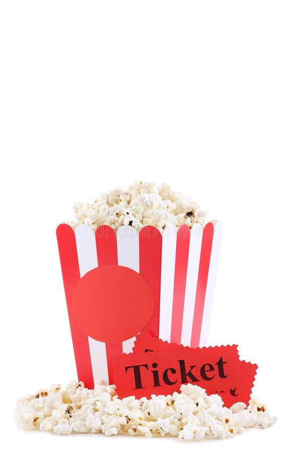 Popcorn in secchio a strisce fotografia stock libera da diritti