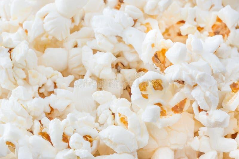 Popcorn som bakgrund royaltyfri foto