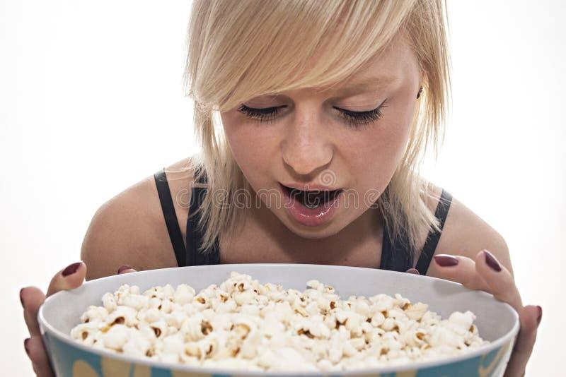 Popcornemeisje royalty-vrije stock foto