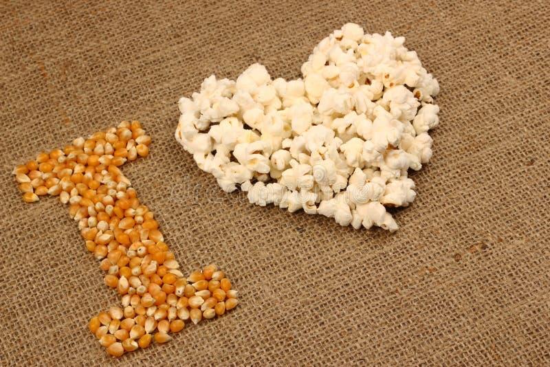 Popcornliefde stock afbeeldingen