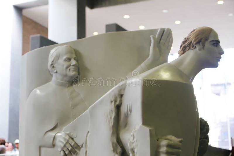 Pope John Paul statua - Watykański muzeum zdjęcie stock