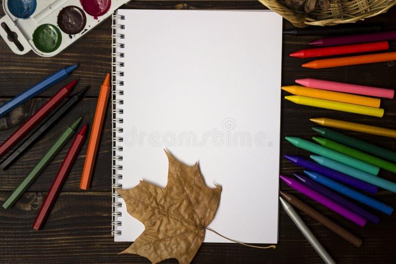 Popiera szkoła, jesień początek szkoła Tło, set zdjęcie stock