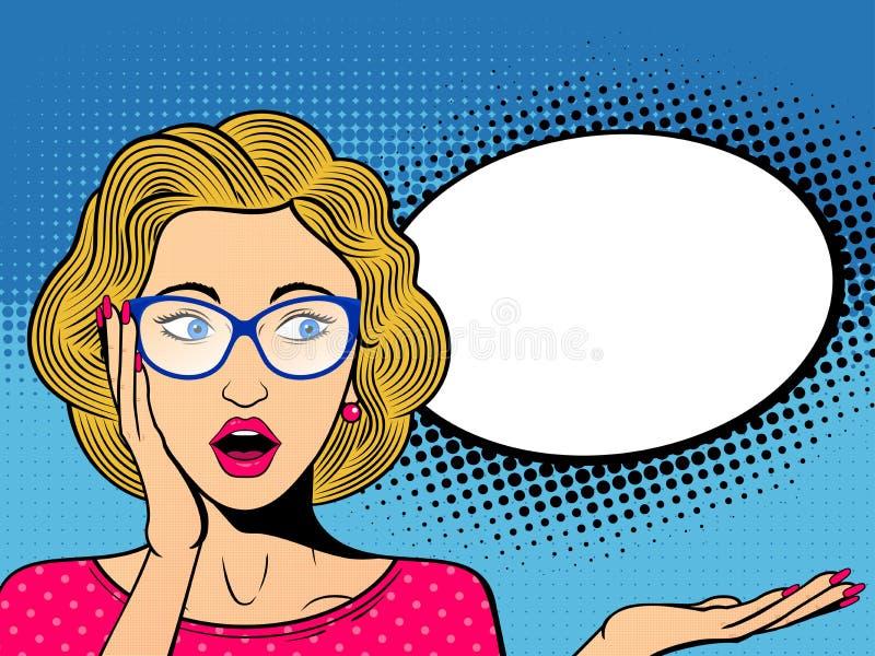 Popkonst förvånade den kvinnliga framsidan med den öppna munnen Komisk kvinna i exponeringsglas med anförandebubblan royaltyfri illustrationer