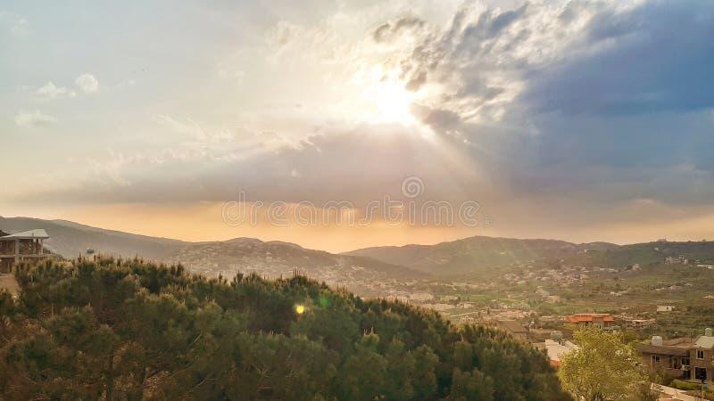 Popołudnie w północy Liban, Akkar w dalekiej wiosce dzwonił Andaket obraz stock