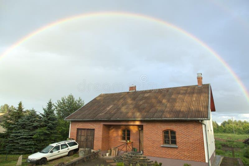 popołudniowa później rainbow fotografia stock