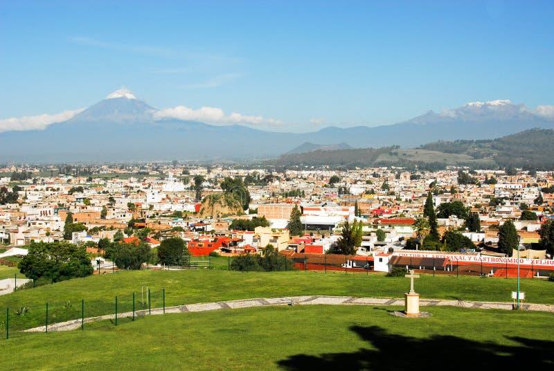 Popocatepetl und Iztaccihualtl Vulkane lizenzfreie stockbilder