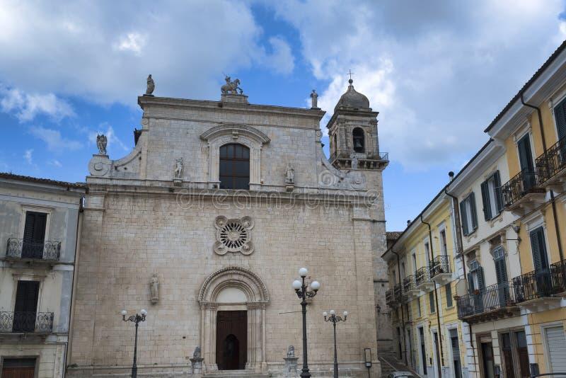 Popoli Abruzzo, Italia: la piazza principale fotografia stock