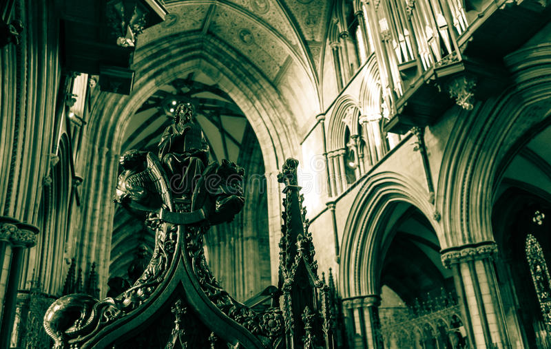 Poppy Heads Pews in Worcester-Kathedrale stockfoto