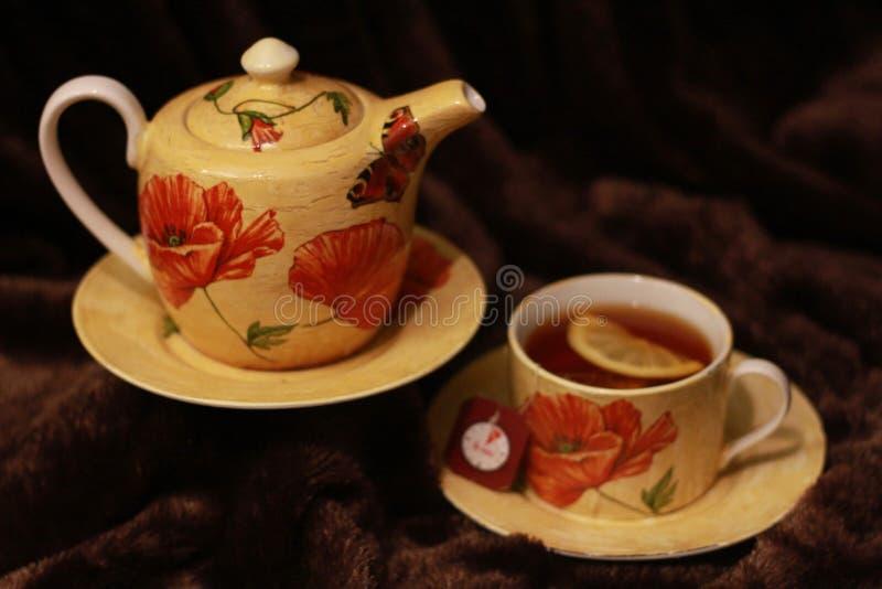 Poppy Tea Cups fatta a mano fotografie stock