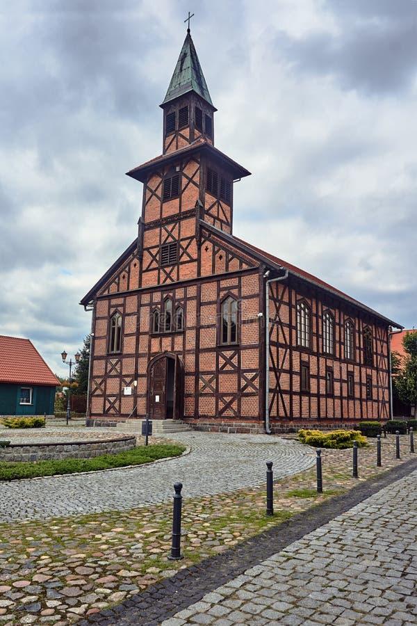 Poprzedni ewangelia kościół od ryglowego domu obraz stock