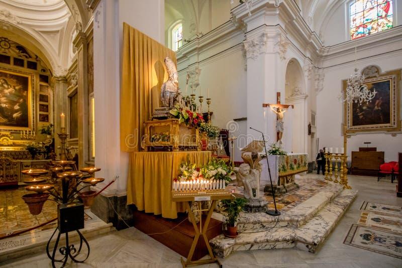 Poprzedni katedralny Santo Stefano w Capri, Włochy obrazy royalty free
