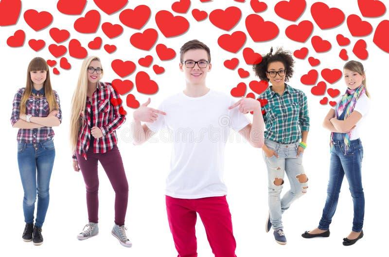 Populär tonårs- pojke och förälskad over vit för tonårs- flickor royaltyfria foton