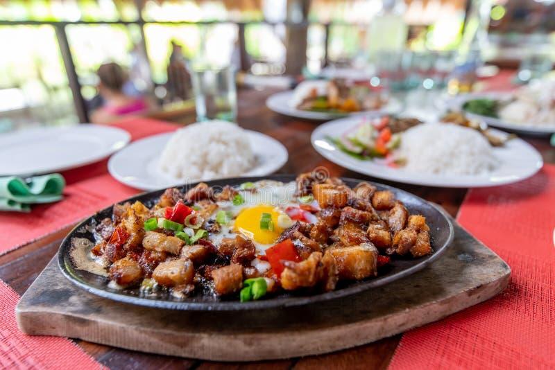 Populaire Filipion-schotel - varkensvlees sisig royalty-vrije stock fotografie