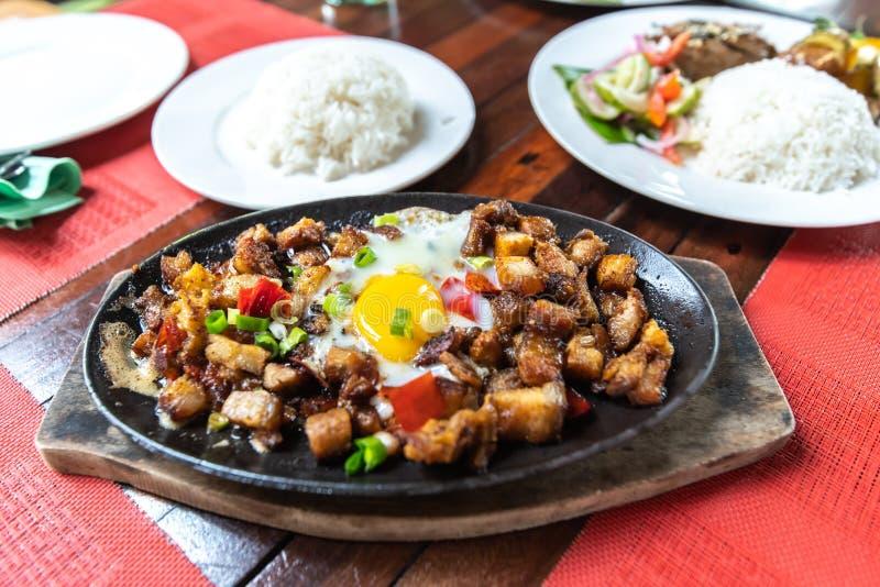 Populaire Filipion-schotel - varkensvlees sisig royalty-vrije stock foto
