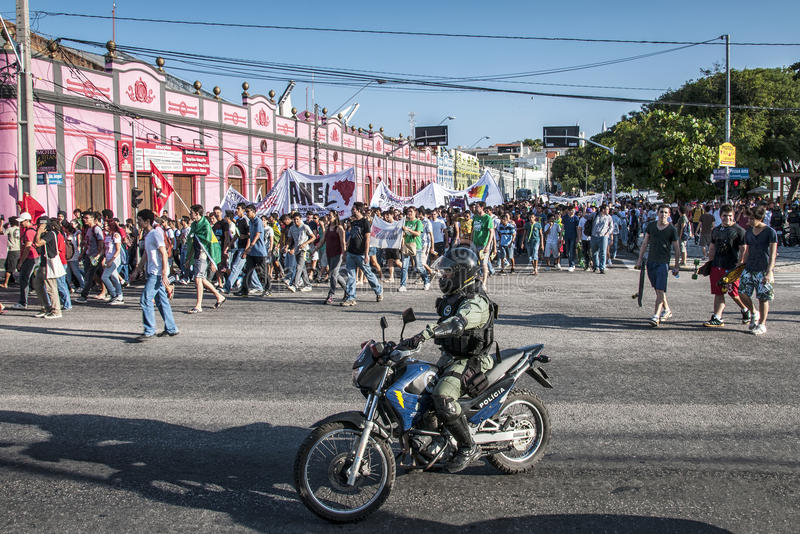 Download Popular Protest On The Day Of The Independence Of Brazil Editorial Stock Photo - Image: 33490773