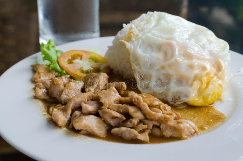 Download Popular Thai  Food, (kaTeam  Pic Thai ). Stock Image - Image: 25256911