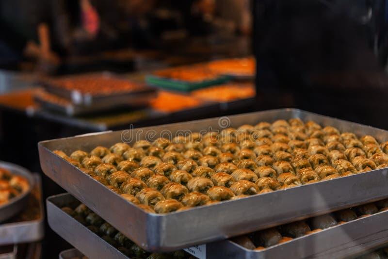 Popularni Tradycyjni Tureccy desery - kuchnia i cukierki obraz royalty free