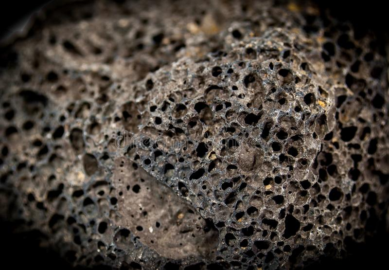 Poröst eld- vaggar Lava Rock arkivbild