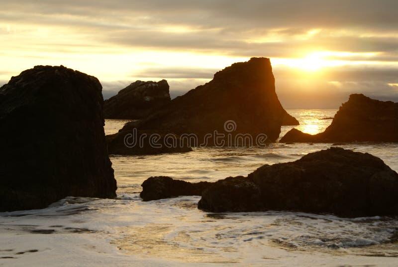 Por do sol 1 da costa de Oregon foto de stock