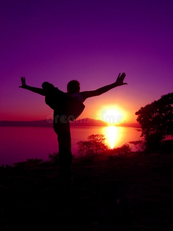 Por do sol 7 da ioga fotos de stock royalty free