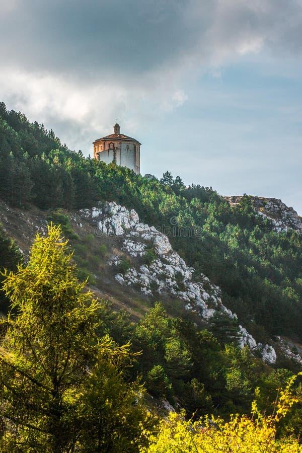 Por do sol Abruzzo de Rocca Calascio, Itália fotografia de stock