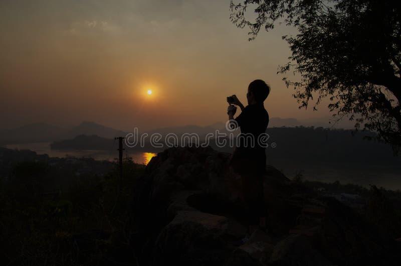 Por do sol acima de Mekong River fotos de stock