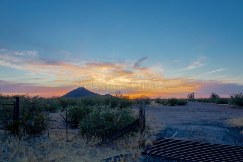 Por do sol do Arizona no deserto fotografia de stock royalty free
