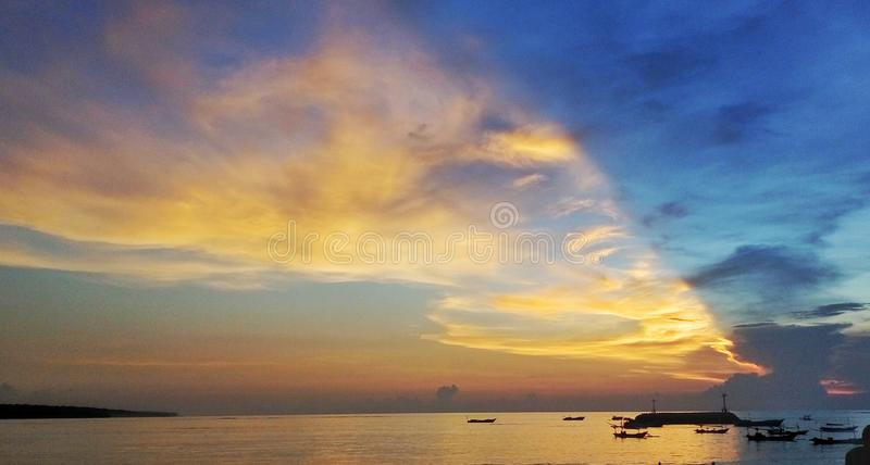 Por do sol bali fotos de stock royalty free