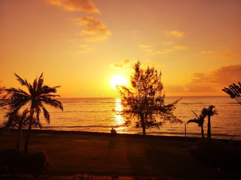 por do sol bonito do ?? fotografia de stock