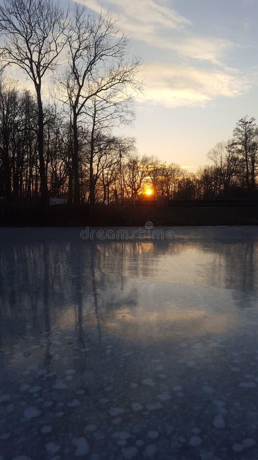 Por do sol bonito do gelo fotografia de stock