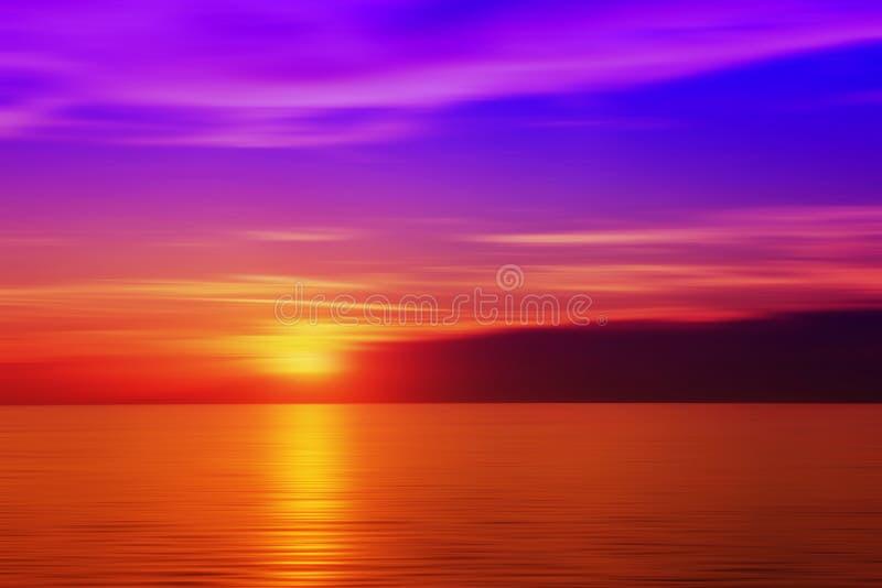 Por do sol borrado na cor roxa imagens de stock royalty free