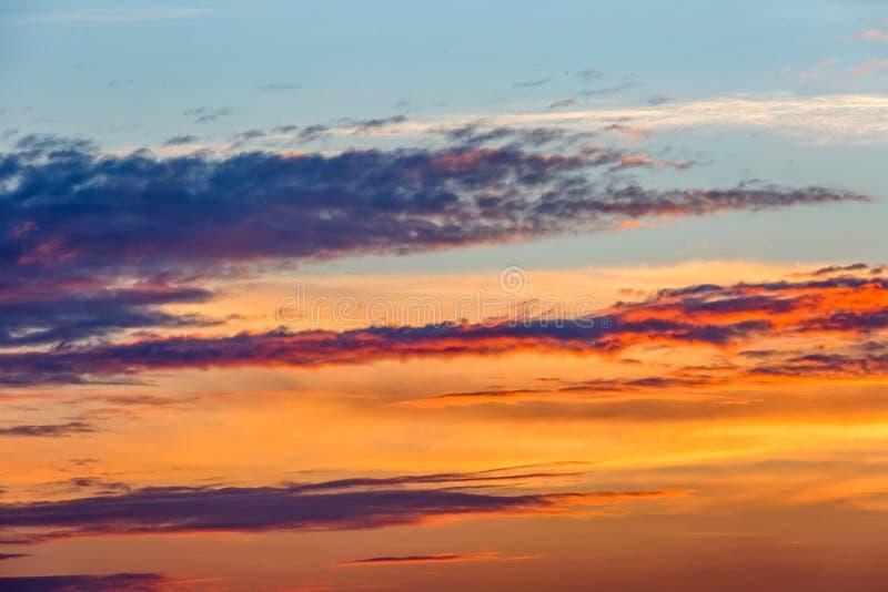 Por do sol colorido bonito fotografia de stock royalty free