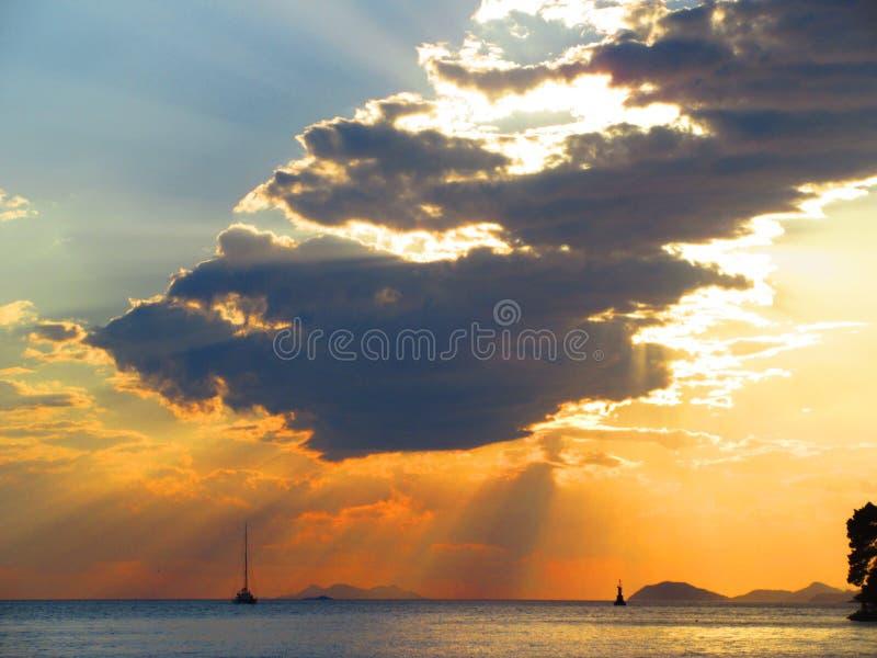 Por do sol croata fotografia de stock