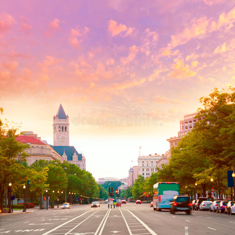 Por do sol da avenida de Pensilvânia no Washington DC imagem de stock royalty free