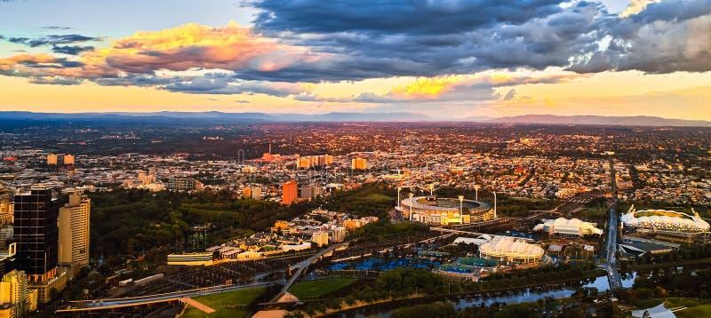 Por do sol da cidade de Melbourne fotos de stock royalty free
