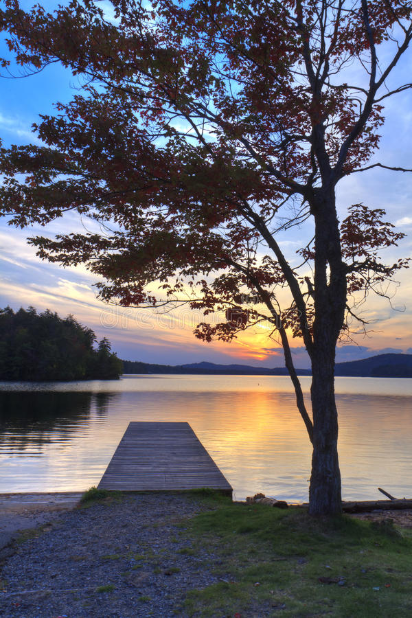 Por do sol da doca do Adirondacks imagens de stock royalty free